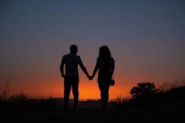 Hyderabad Police Arrest 2 People in West Bengal in Dating App Scam