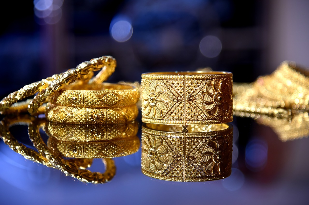 Consecutive third day gold price hike