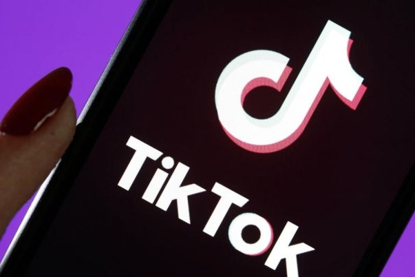 TikTok employee agrees to drop suit against Trump administration