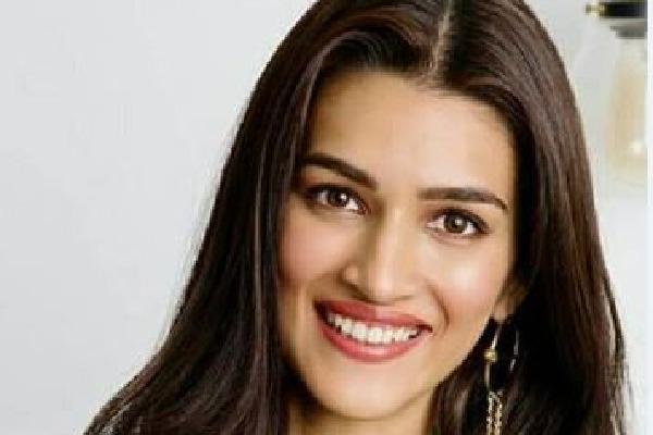 Kruti Sanan as Sita in Adipurush