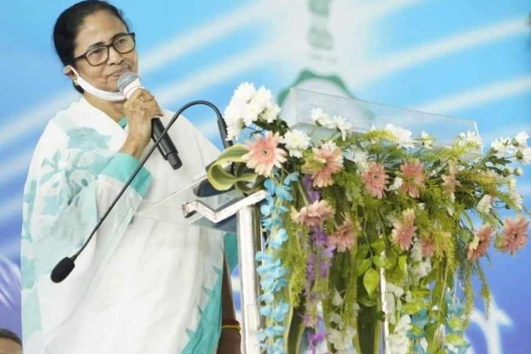 Mamata Banarjee wants corona vaccine doses for all West Bengal people