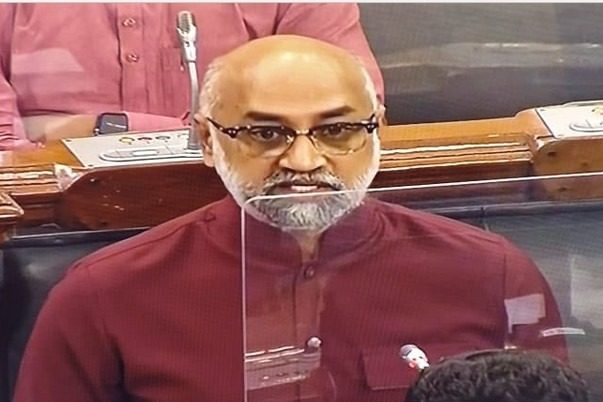 Galla Jaydev mentioned attacks on AP temples in Loksabha