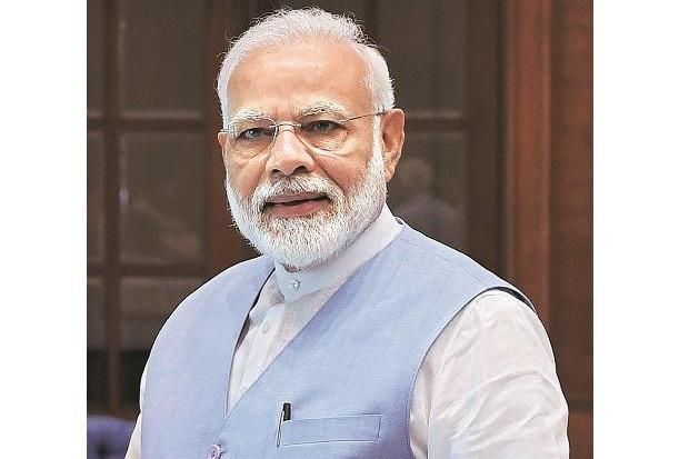 PM Narendra Modi received by West Bengal CM Mamata Banerjee