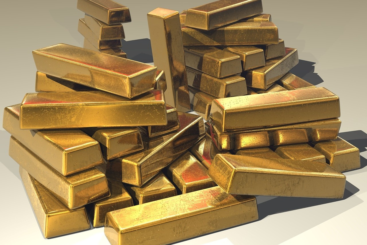 Unidentified men theft gold biscuits from gold merchant in Ongole