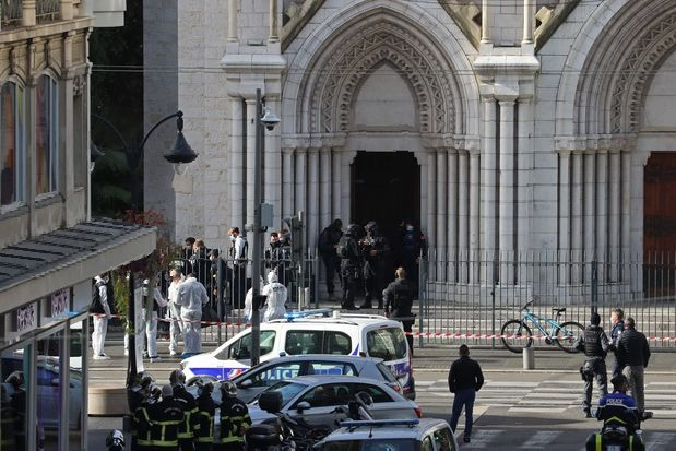 Woman beheaded in France Church