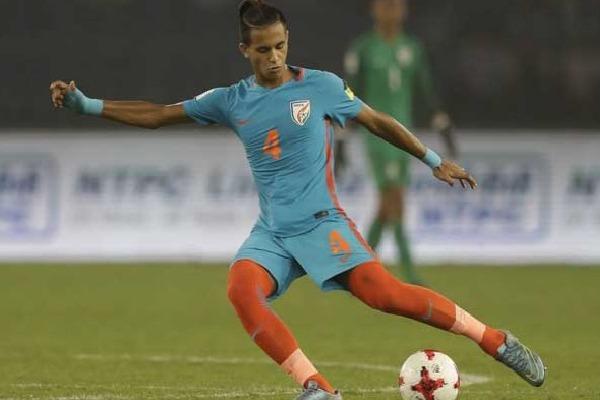 Footballer Anwar Ali Aproch High Court to Allow to Play