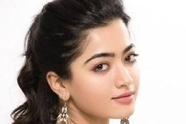 Rashmika Mandanna accepts Green India Challenge