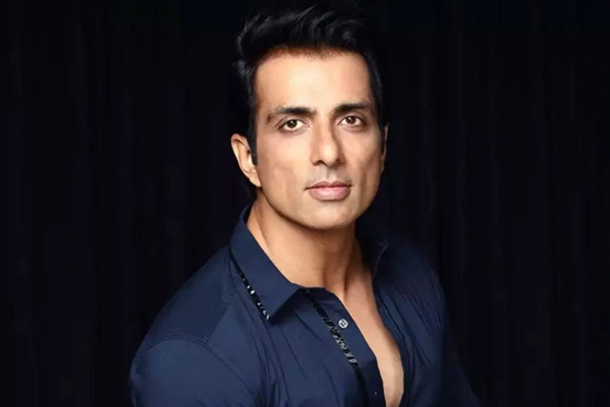 Sonu Sood shares an old photo from early days of his career