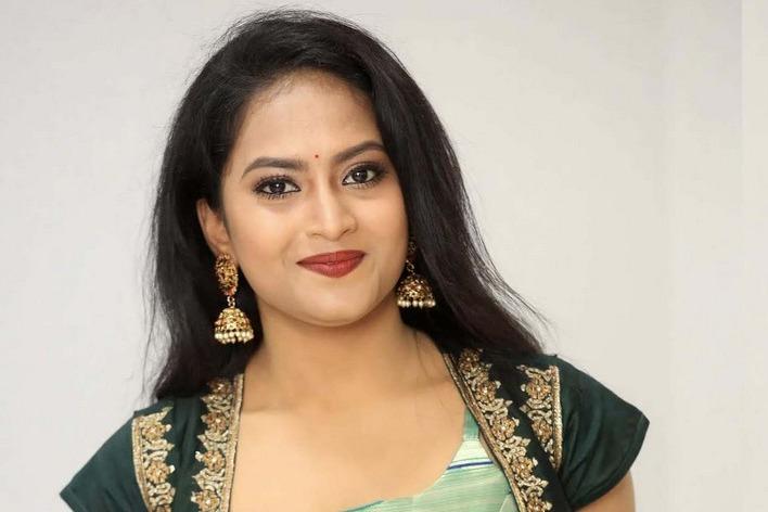 DCP tells what happened behind tv actress Sravani suicide