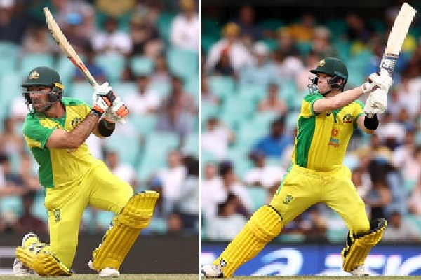 Australia once again slaughtered Team India bowling in Sydney