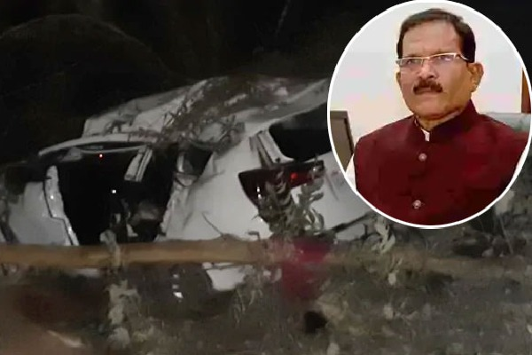 Union Minister Shripad Naik Injured In Accident and Wife PA Dead