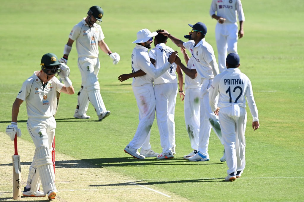 First day play ends in Brisbane test between India and Australia