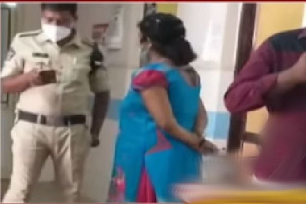 Woman duped as doctor in Vijayawada government hospital