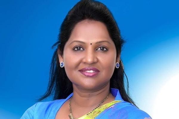 YSRCP MLA Sridevi responds on gambling news on her
