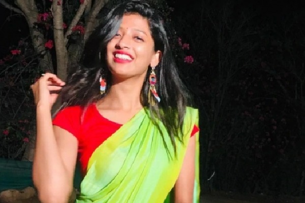 Kannada TV actress Mebeina Michael dies in a road accident