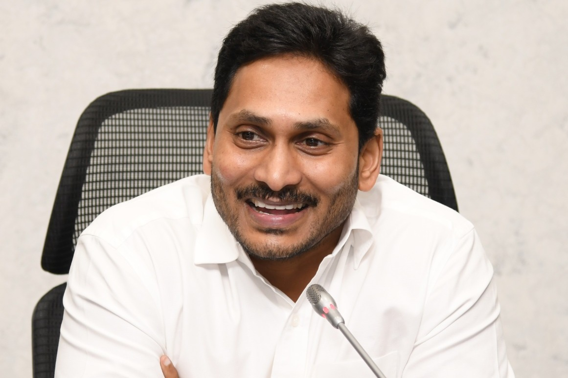 AP CM Jagan gets third place in best cm survey in country