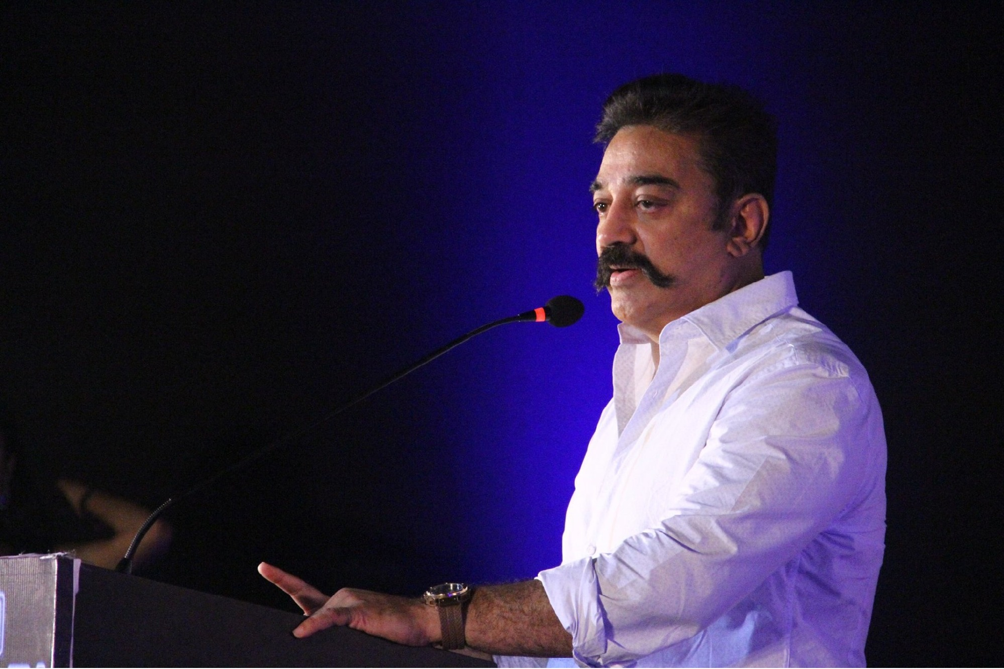Kamal Haasan furious on AIADMK over agriculture bills