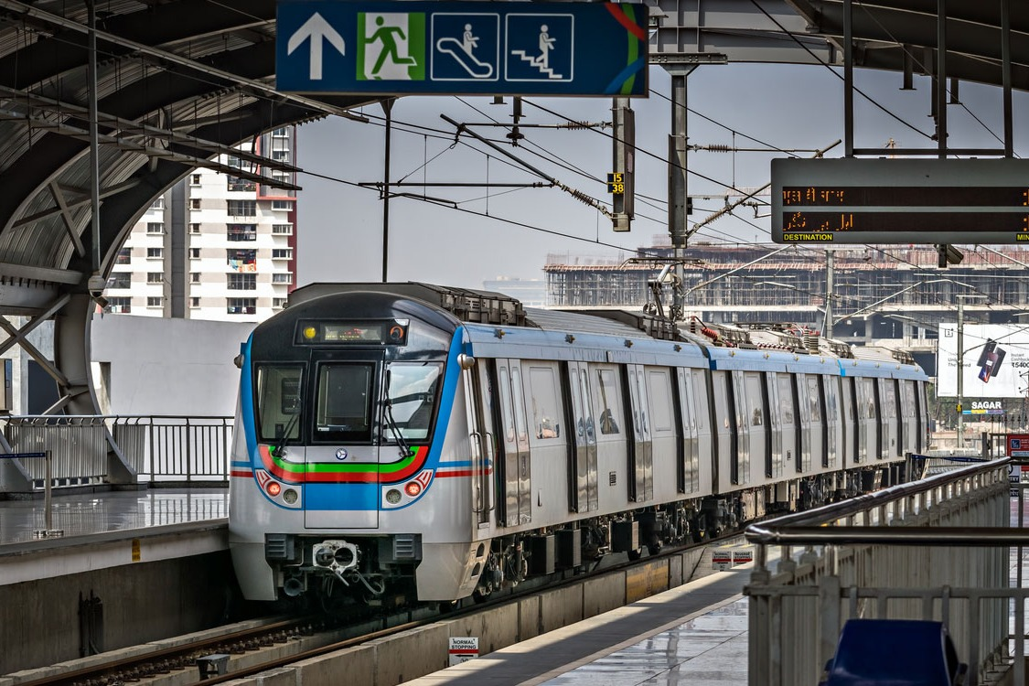 Hyderabad metro running in Rs 200 crore losses
