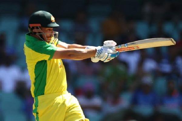 Aus scores 51 runs in 10 overs