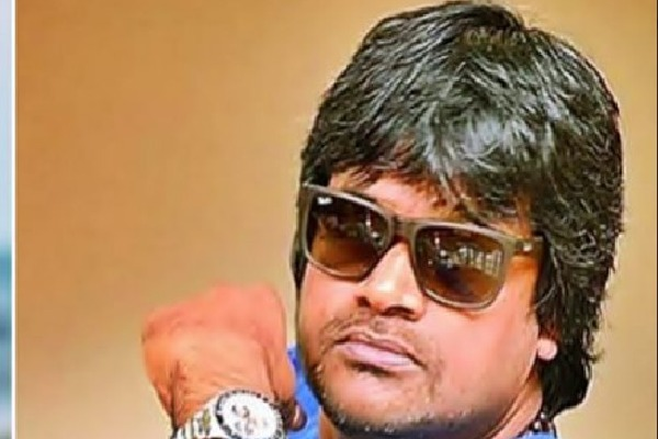 Harish Shankar requests ambulance for an old age person