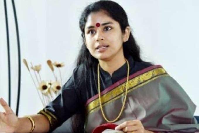 Sanchaita Gajapathi counters Ashok Gajapathi comments on Prasad Scheme to Simhachalam temple