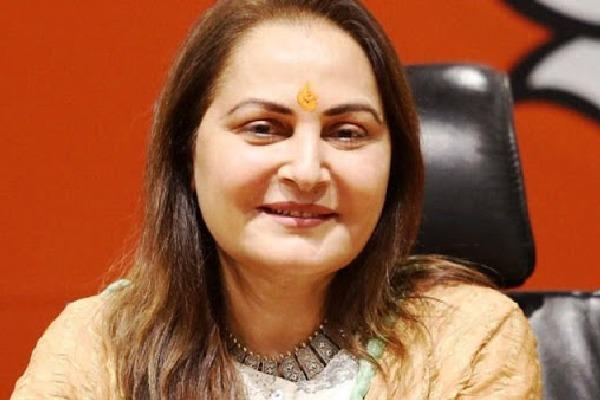 Jayaprada writes letter to Modi and Ram Nath Kovind