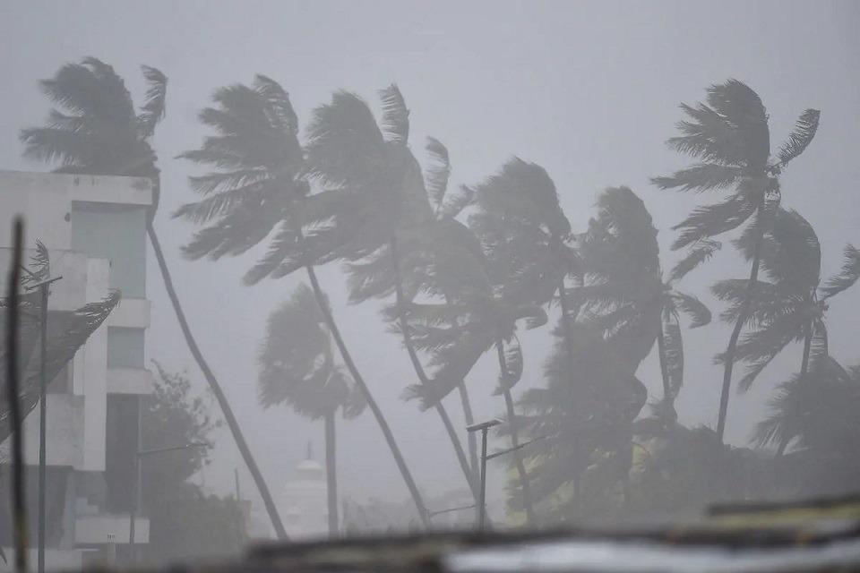 Cyclone Nivar Cross Costal Area of Tamilnadu