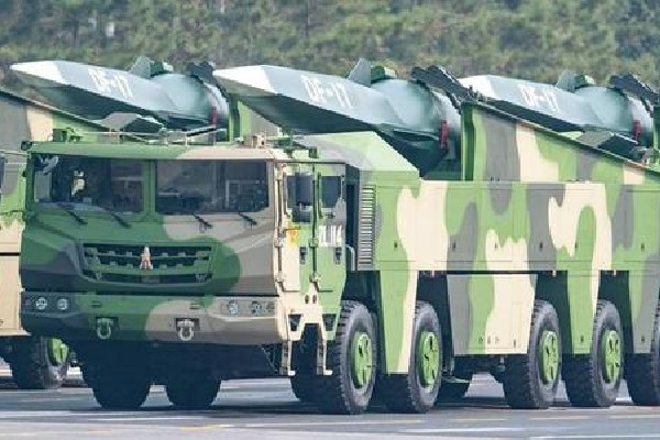 China deploys arms near Taiwan borders