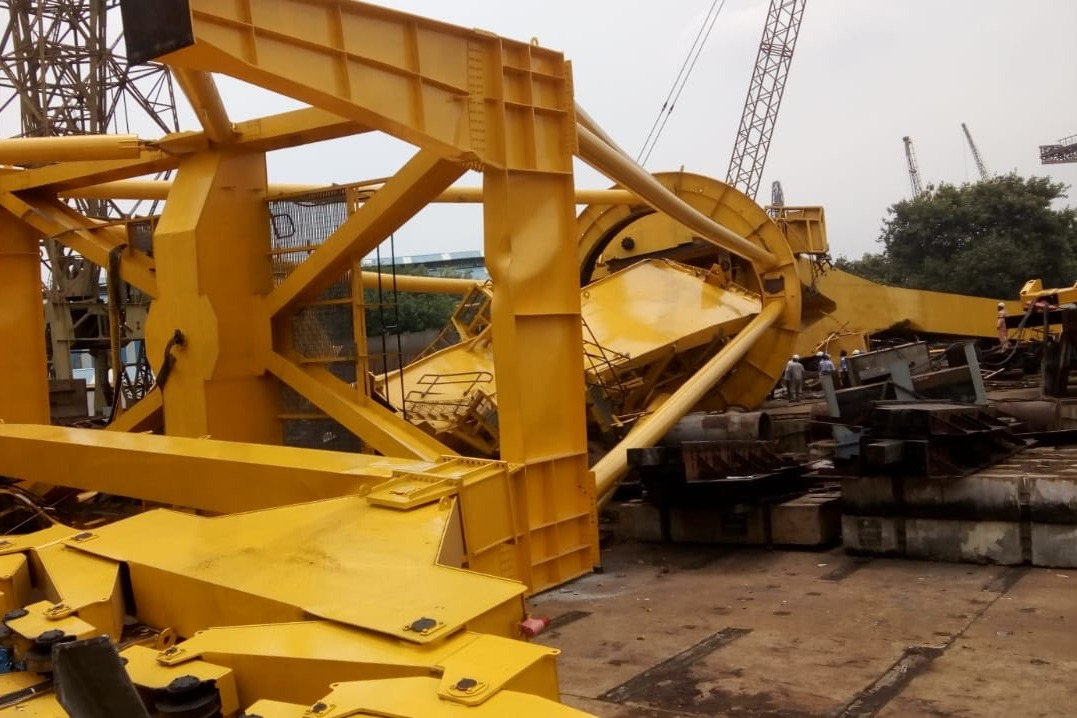 Fatal crane collapse caused death of seven people