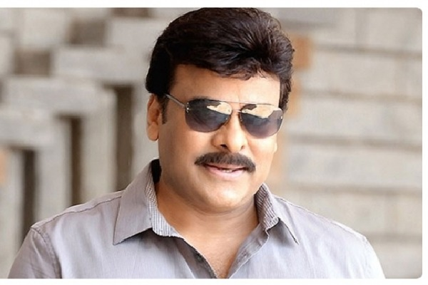 Tollywood big heads meets in Chiranjeevi house