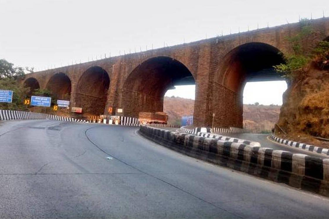 amrutanjan bridge in maharastra demolished today