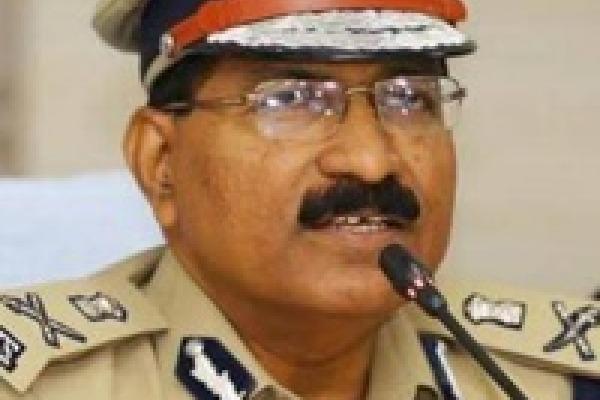 Telangana DGP Mahender Reddy Warns who attacks on Doctors