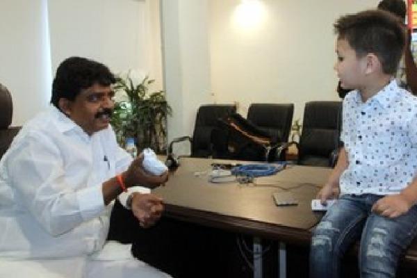 Andhra Pradesh A 4 year old boy Hemanth has donated his savings of Rs 971