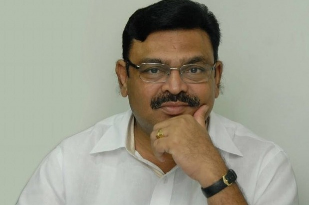Ambati Rambabu slams Chandrababu over sec issue