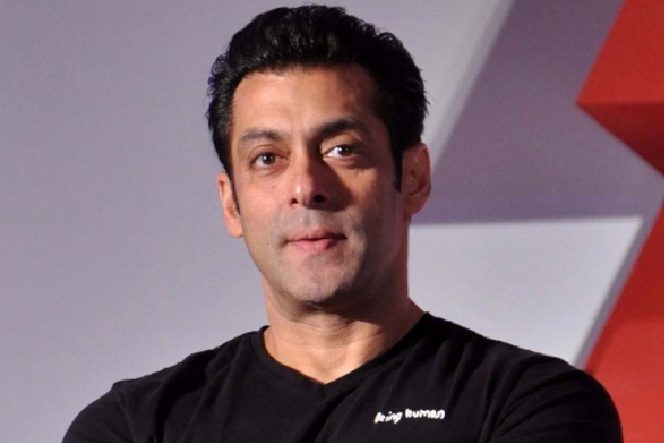 The one who got afraid saved himself and lives of others around him says Salman Khan