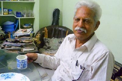 విరసం నేత వరవరరావుకు కరోనా పాజిటివ్..