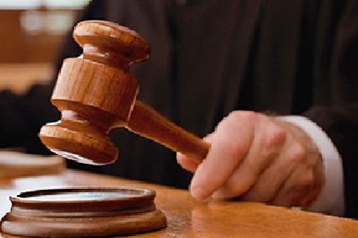 25 మంది నర్సరీ విద్యార్థులకు విషమిచ్చిన ఉపాధ్యాయురాలు.. మ..