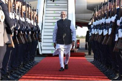 2015 నుంచి 58 దేశాల్లో పర్యటించిన ప్రధాని మోదీ... ఖర్చు రూ..