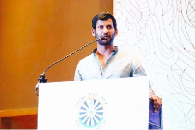 చిత్ర నిర్మాణ సంస్థ కేసు.. హీరో విశాల్ కి నోటీసులు జారీ చే..