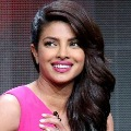 Bollywood star to shake a leg with Prabhas