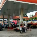 Petrol and Diesel Price Almost same in Delhi
