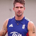 pietersen gives suggestions to england team