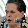 Doctors Warn sonia to Leave New Delhi