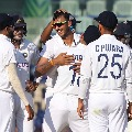 England in troubles after losing three early wickets in Chennai test chasing