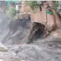 Heavy rains lashes Delhi as houses in slum areas vanished