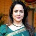 Hema Malini to play mother to Prabhas