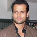 Rohit Roy says sorry on tweet on Rajinikanth