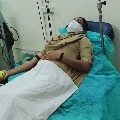 Woman police head constable donates blood for a needy