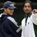 Shoaib Akhtar praises Saurav Ganguly