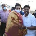 YS Jagan arrives Idupulapaya